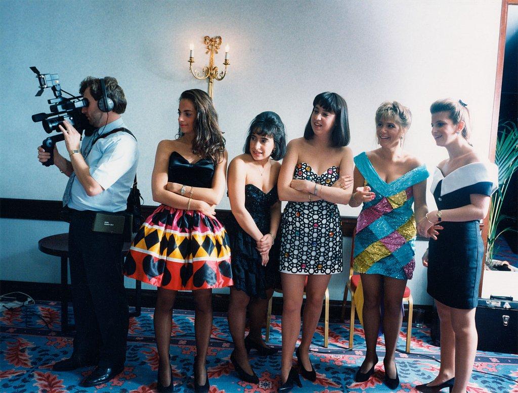 5 girls-UK