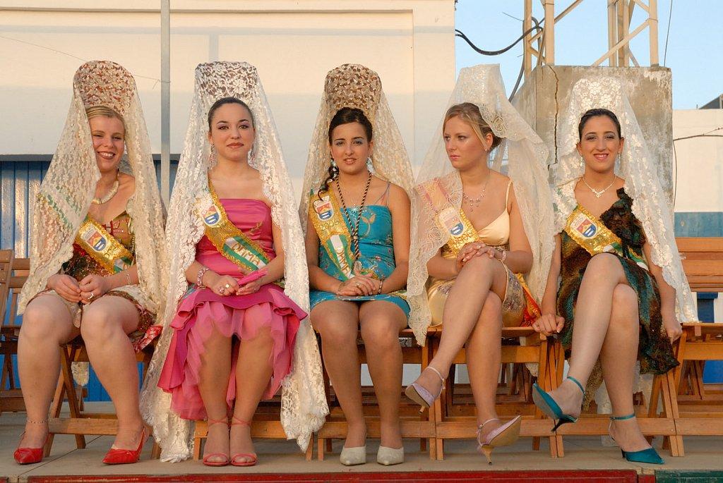 5 girls-Spain