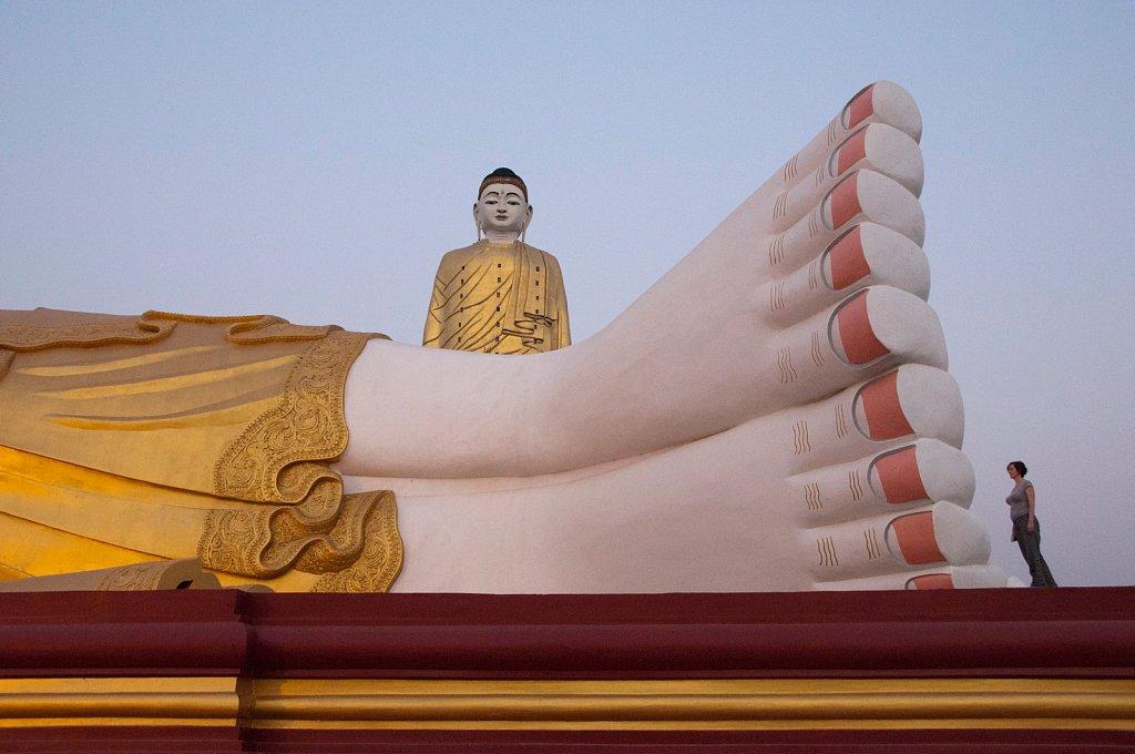 Giant-Buddhas-Monywa