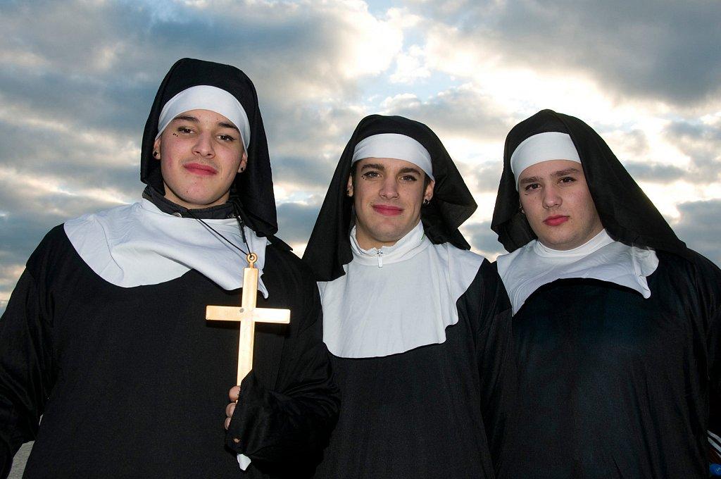 Cadiz-nuns